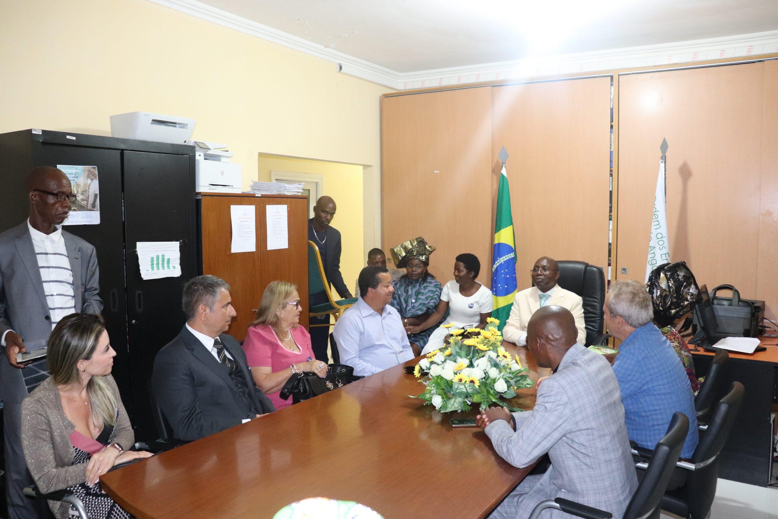 Breve encontro entre a DEN e o COFEN, após visita de constatação das obras do Edifício SEDE, da ORDENFA.